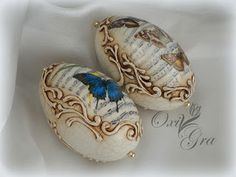 Oxi po raz pierwszy: Wydmuszki gęsie Egg Crafts, Easter Crafts, Egg Shell Art, Carved Eggs, Egg Designs, Egg Art, Egg Decorating, Vintage Easter, Christmas Tree Ornaments
