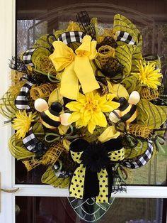 Beeutiful Mesh Wreath by WreathsEtc on Etsy, $115.00
