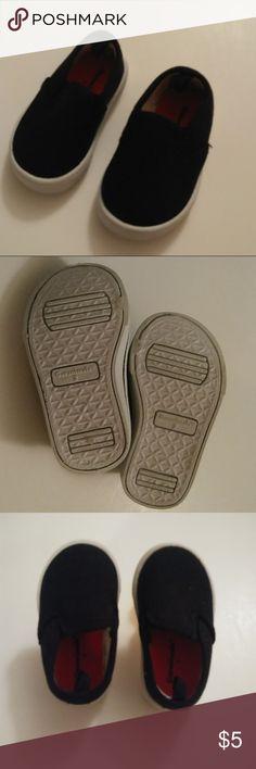 [Garanimals] Baby Boy Shoes (Size 2) BRAND: Garanimals STYLE: Shoes SIZE: 2 COLOR: Black CONDITION: Great INVENTORY: J Garanimals Shoes