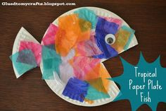 Fish Crafts for Toddlers | Tropical Paper Plate Fish {Great craft for kids!} | Kids Crafts