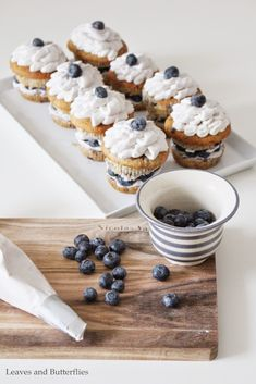 Blueberry cupcakes with mascarpone