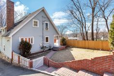 20 General Heath Avenue--Drastic Price Reduction: Affordable Living Awaits You. Reach out to Barbara Pollack at (914) 522 0561 for viewings!