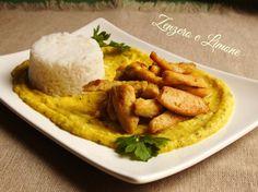 Pollo curry e riso basmati Pollo Chicken, Oriental, Asian Recipes, Ethnic Recipes, Gnocchi, Finger Foods, Carne, Risotto, Menu