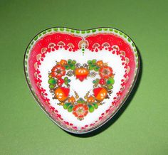 A  MERRY  LITTLE  CHRISTMAS............Gratitude Treasury by Pat Peters on Etsy