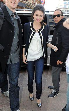 Selena<3 love her fashion!