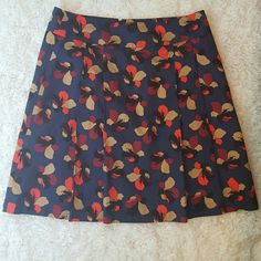 Ann Taylor Pleated Tulip Skirt Perfect condition. Lined. Ann Taylor Skirts A-Line or Full