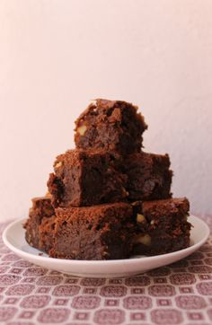 Brownie https://www.youtube.com/watch?v=4UscMMe5S6M&list=UUJ-bFMk_PhXfjsjr_gfWWXg&index=33