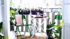 Amazingly-Pretty-Decorating-Ideas-for-Tiny-Balcony-Spaces_02.jpg 570×321 ピクセル
