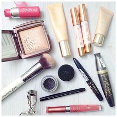Makeup Wednesday  photo courtesy of Sandra @TheBlackPearlB #Nanshy #makeupbrush #makeup #beauty
