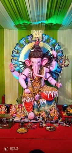 Shri Ganesh Images, Ganesh Chaturthi Images, Sri Ganesh, Ganesha Pictures, Clay Ganesha, Ganesha Art, Ganpati Picture, Ganesh Photo, Ganapati Decoration