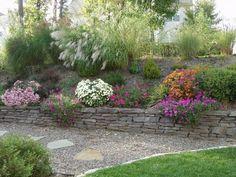landscape design ideas retaining wall (Pea Gravel and Flagstone)