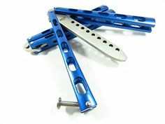 Icetek Sports 44477 Metal Practice Balisong Butterfly Knife Trainer, Blue. Metal steel practice knife trainer. No offensive blade. Brand new, safe, from a smoke-free environment and high quality. Metal handle and strong feeling in hand. This item will ship from Amazon warehouse usually arrives in 2-3 day.