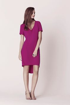 The Oasis Dip Back Dress. Available mid May. This plum colour is perfect to brighten up your wardrobe for Spring/Summer! Pretty Outfits, Stylish Outfits, Pretty Clothes, Oasis Fashion, Latest Dress, Dress Backs, Dress Patterns, Spring Summer Fashion, Short Sleeve Dresses