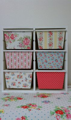 (New storage idea for toys) Cath Kidston decoupage mini drawer - almost makes the idea of those hideous IKEA drawer shelving units palatable. Trofast Ikea, Kallax, Ikea Drawers, Decoupage Drawers, Plastic Drawers, Decoupage Furniture, Decoupage Box, Craft Projects, Projects To Try