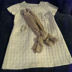 "Vintage Inspired 3-D Dress Chic white & cream vintage inspired dress. 3-D box print fabric with shimmer. Short, mid thigh depending  on height. Zipper back, cotton/poly, no stretch.  **Runs a little small, between size L/XL.  33"" L 17.5"" Shoulders 19.5"" Bust (flat) 19""  Waist (flat) 22"" Hips (flat) Dresses"