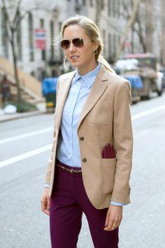 Burgundy pants outfit, burgundy blazer, office fashion, work fashion, nyc f Business Outfits, Office Outfits, Fall Outfits, Cute Outfits, Burgundy Pants Outfit, Beige Outfit, Burgundy Blazer, Beige Blazer, Nyc Fashion