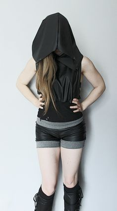 Top made of faux leather and ORGANIC cotton.Huuuge hood.--> STRICTLY LIMITED TO A SINGLE PIECE!!! <--Fully handcrafted