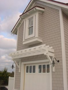 Garage Pergola - House Colors House Plans - Home Plan Details : Narrow Lot Beach House Garage Door Trim, Garage Door Styles, Garage Doors, Exterior Paint Colors For House, House Colors, Siding Colors, Exterior Colors, Exterior Remodel, House Painting