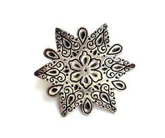 Coro Silver Tone Brooch Flower Design in a Six Point Star