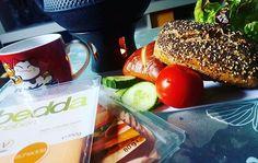 Gras und Steine und so 😂🌿🤘 #inthemorning #goodmorning #gutenmorgen #breakfast #frühstück #healthy #healthyfood #vegan #veganism #govegan #food #foodporn #veganfood #veganfoodporn #bedda #veganz #nom #hamburg #hamburgerdeern #HH #finkenwerder  Yummery - best recipes. Follow Us! #veganfoodporn