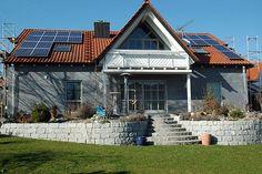 Die Energiewende Schritt für Schritt umsetzen.Energetische Sanierung: Tipps zur sinnvollen Modernisierung von Altimmobilien.