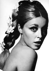 """Résultat de recherche d'images pour """"naked catwoman 1966"""""""