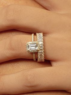 Emerald cut Moissanite halo engagement ring. 14k white gold Emerald ring. 18k Solid yellow Gold Round Halo Ring With Emerald Center