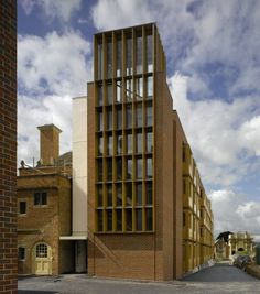 Níall McLaughlin Architects - Student Housing, Somerville College External view of building facade
