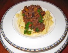 Twice Cooked Beef and Buttered Noodles Buttered Noodles, Thanksgiving Food, The Dish, Main Meals, Side Dishes, Good Food, Low Carb, Beef, Mood