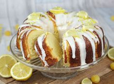 Great British Bake Off Bake Along - Lemon Drizzle Bundt Cake - Cakey Goodness Great British Bake Off, British Bake Off Recipes, Greek Desserts, Köstliche Desserts, Delicious Desserts, Sweet Recipes, Cake Recipes, Greek Pastries, Eat Greek