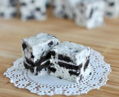 Cookies and Cream Fudge: A Year-Round Treat