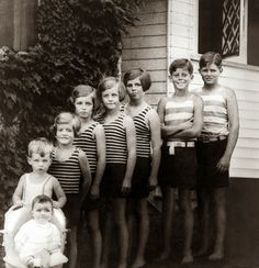 vintage everyday: Joe, Jack, Rosemary, Kathleen, Eunice, Patricia, Robert and Jean Kennedy, 1928