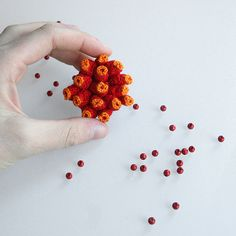 new red spores brooch | par ulaniulani