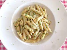 Pasta met asperges   Pasta met een saus op basis van witte asperge   Bekijk dit lekkere recept op Alles Over Italiaans Eten