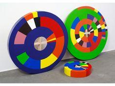 Cozic [Monic Brassard (1944-) et Yvon Cozic (1942)] – Par en thèse (2012) bois, acrylique