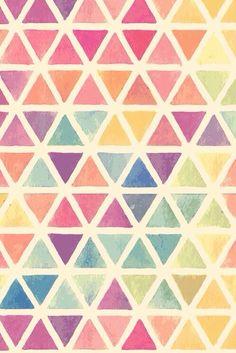 Textura artificial, formada por motivos figurativos geométricos (triángulos).
