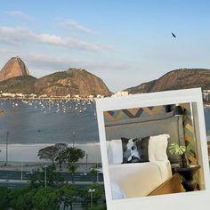 Curtir o carnaval em uma pool party com vista (deslumbrante diga-se) para a Baía da Guanabara é só um dos motivos para ficar no @yoo2rio hotel que já é hotspot inquestionável do circuito carioca: uma programação exclusiva comandada por Álvaro Garneiro está prevista no pacote especial que inclui uma noite no Camarote Nº1 ex camarote Brahma virou desejo absoluto dos foliões. Tudo no site da Vogue (link da bio) #promovogue  via VOGUE BRASIL MAGAZINE OFFICIAL INSTAGRAM - Fashion Campaigns  Haute…