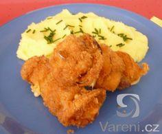 Smažené kuřecí ražničí Cauliflower, Food And Drink, Chicken, Meat, Vegetables, Head Of Cauliflower, Veggies, Vegetable Recipes, Cauliflowers