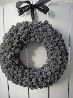 Sweet Gum Ball Wreath    Hand Crafted Wreath   Natural Wreath   Grey Wreath  Out Door Wreath