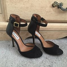 "Steve Madden ""Stepout"" heels Worn 2x in great condition. Comes with box. 4in heel. Steve Madden Shoes Heels"