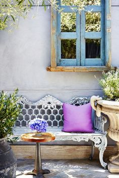 Tour Lisa Vanderpump's Chic New Space—A Collaboration With Jeff Lewis! via @domainehome