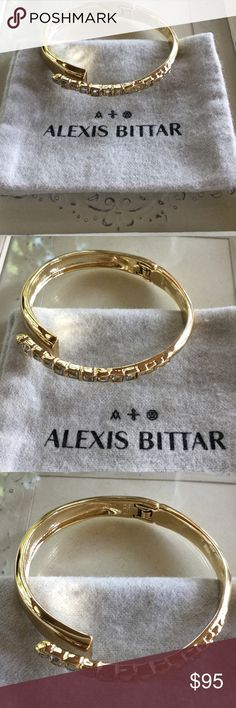 Alexis Bittar Bracelet 🌺SALE🌺 Brand New Alexis Bittar Overlapping Hinge Bangle Bracelet. 10K gold -tone metalwork with multi-size sparkling crystals. Comes with dust bag. Hinge closure.  NO TRADES or Paypal Alexis Bittar Jewelry Bracelets