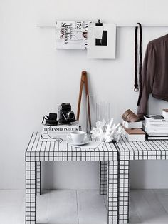 IKEA Lack table may seem a simple and boring furniture piece but if you hack it, you may get an amazing piece! We've already shared some IKEA Lack table . Hacks Ikea, Ikea Lack Hack, Hacks Diy, Ikea Lack Table, Lack Table Hack, Tile Tables, Mosaic Tables, Best Ikea, Creation Deco