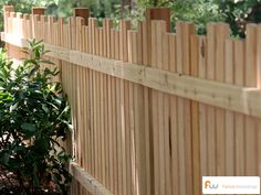 Picket fencing with alternating picket height. #fence #picket