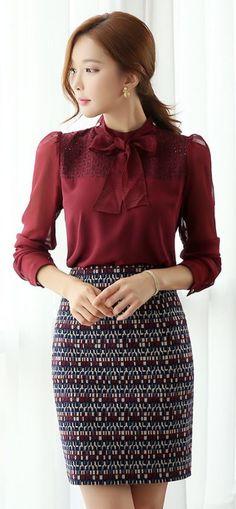 StyleOnme_Mosaic Patterned H-Line Skirt #mosaic #print #patterned #pencilskirt #professional #workwear #koreanfashion #autumn #fallcolor #seoul #trend #feminine #girl #kstyle