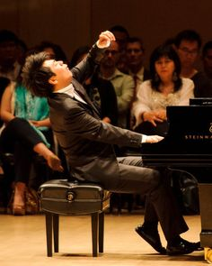 A Lang Lang Solo Recital at Carnegie Hall - The New York Times