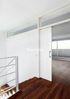 Puertas on pinterest interior doors sliding doors and for Puerta corredera blanca