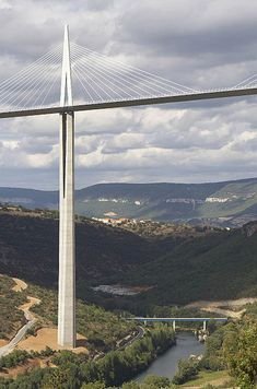 Millau Viaduct, valley of the River Tarn, France