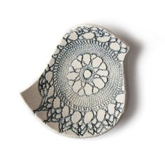 Blue bird bowl Cream stoneware ceramic Vintage por PrinceDesignUK
