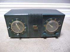 vintage clock radio
